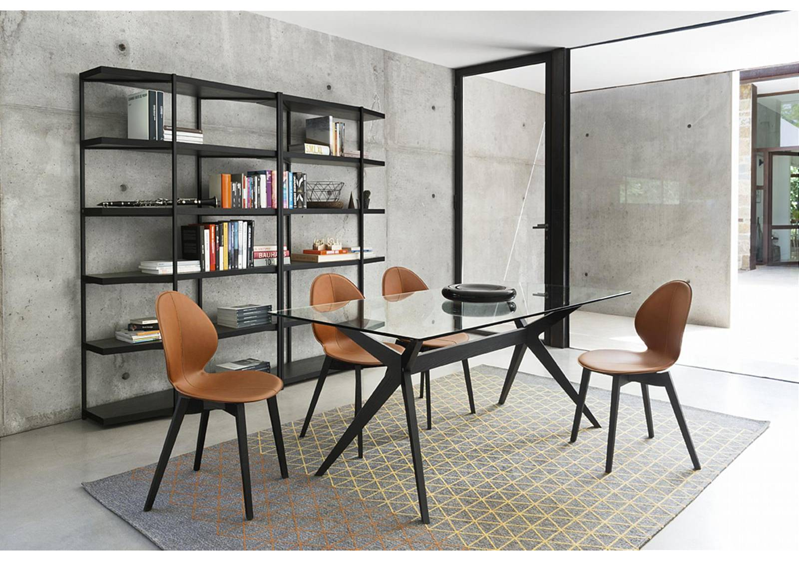 Calligaris Kent Dining Table  Vale Furnishers