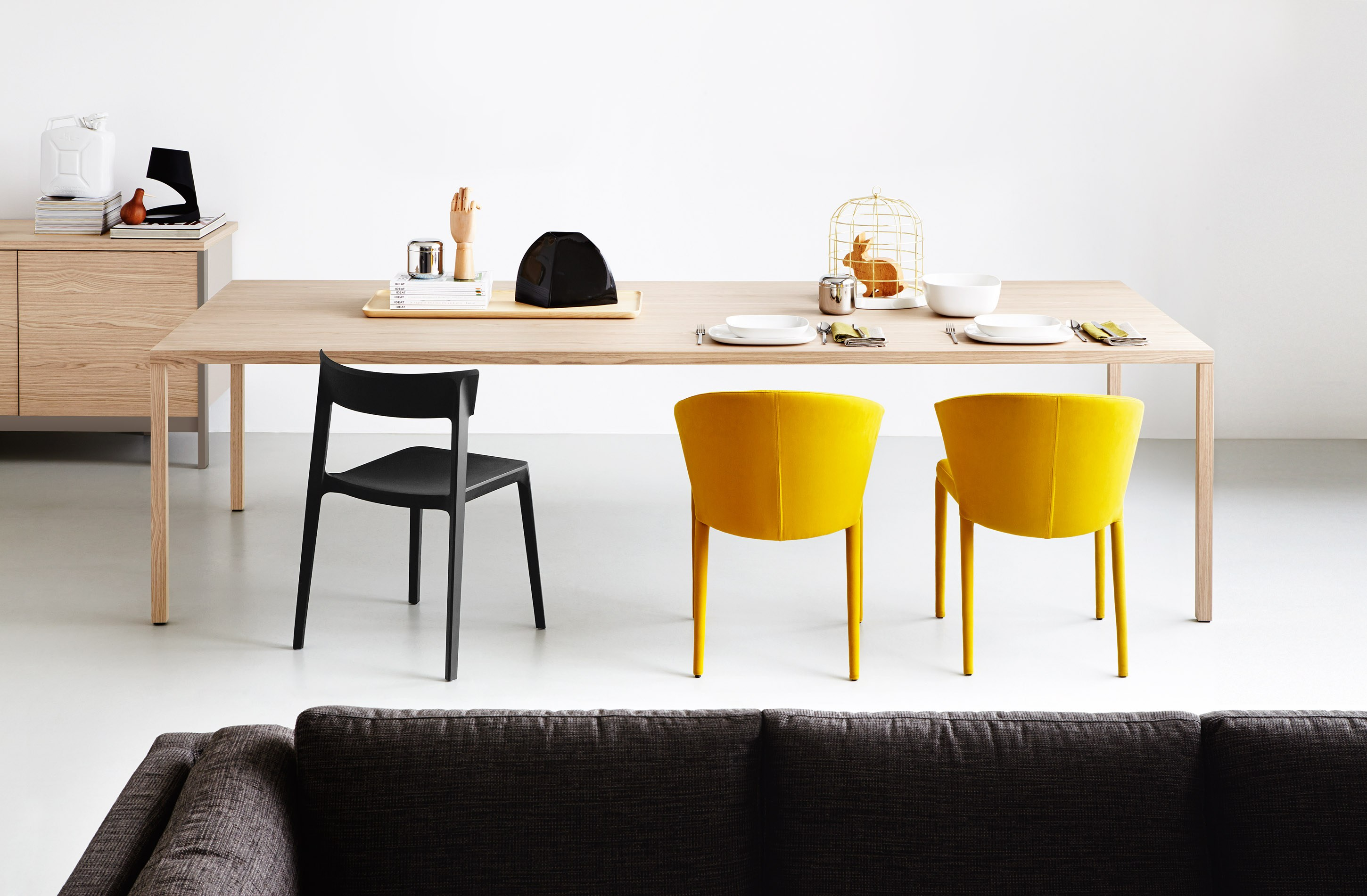 Calligaris dining tables: pros and cons