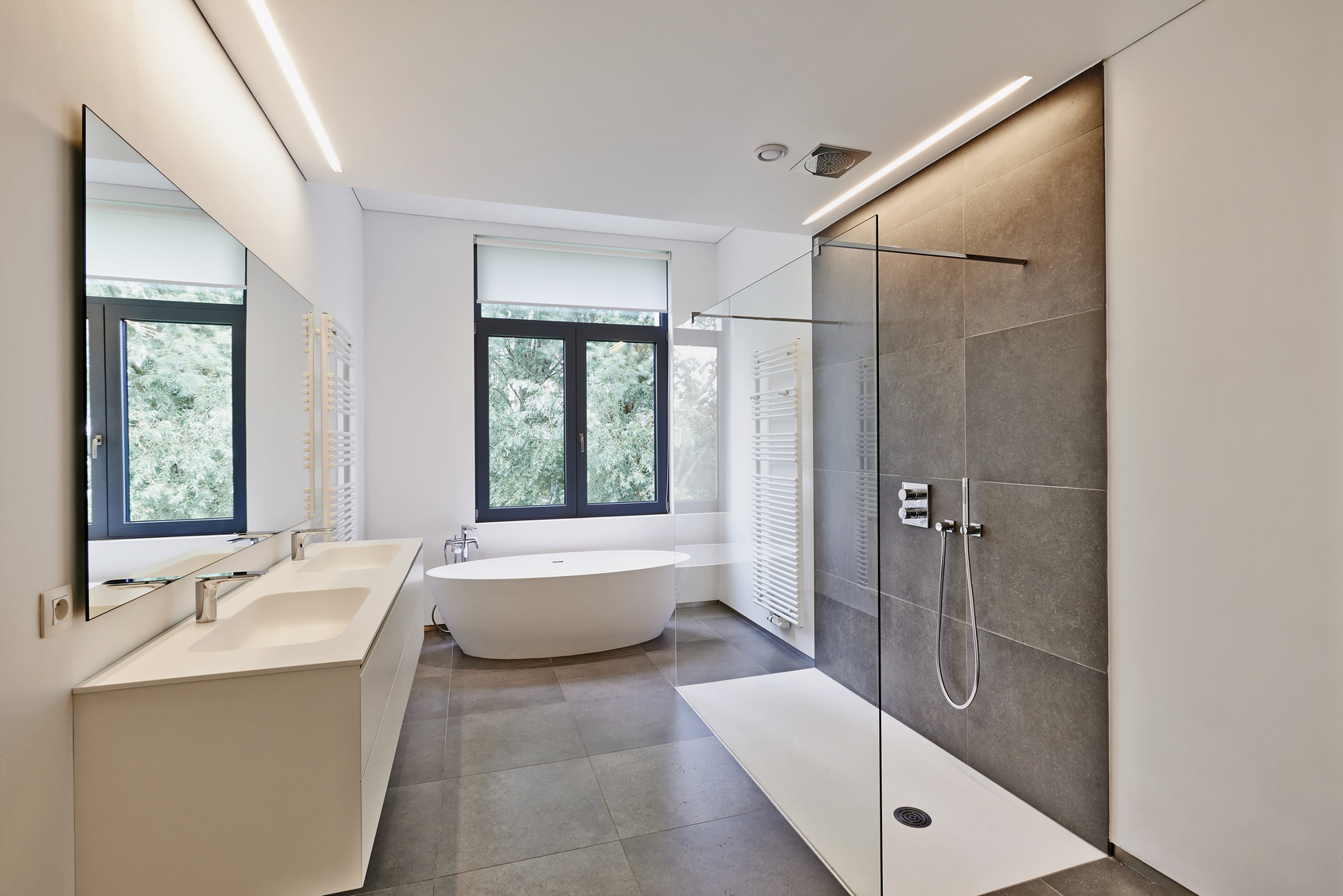 How to Make Your Small Bathroom Seem Larger