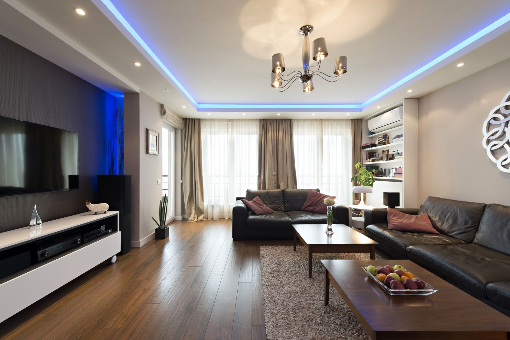 Use Lighting to Change the Mood of Your Room