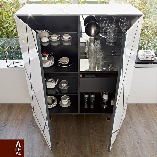 Great drinks cabinet by Aleal