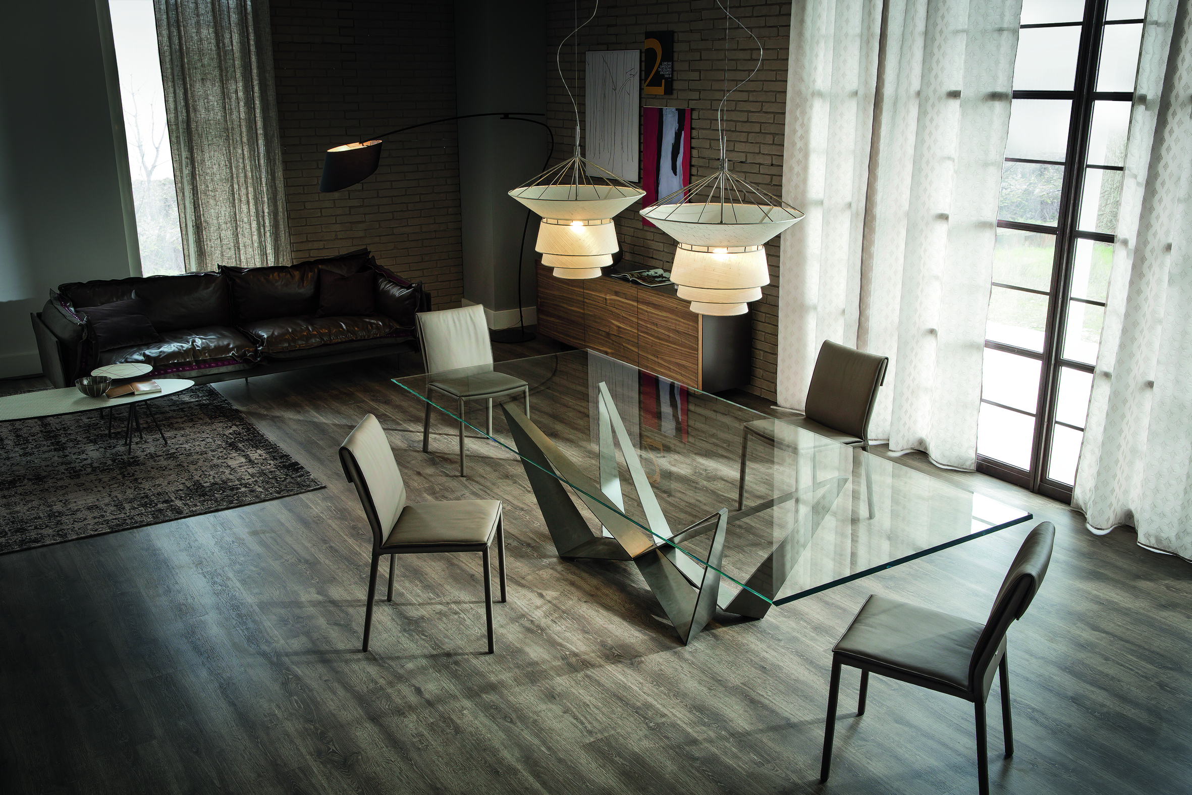 5 of the best glass dining tables