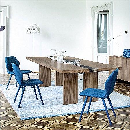 oak dining tables-bross-ritz-dining-table